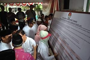 deklarasi damai di KPUD Sumbawa