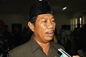 Sekda Sumbawa - Drs H Rasyidi