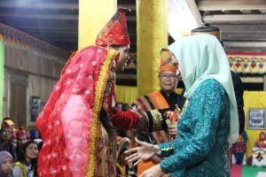 penyambutan peserta AUYS 2016 di Istana Dalam Loka Sumbawa