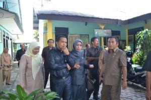 Kunjungan Komisi IV DPRD Sumbawa ke SD lempeh