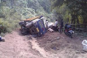 Kondisi jalan di Kecamatan Ropang