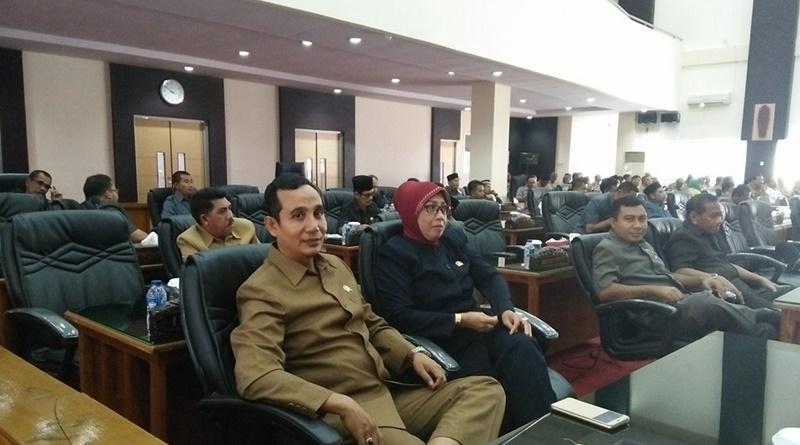 Sidang Parippurna DPRD Sumbawa Senin 5 September 2016