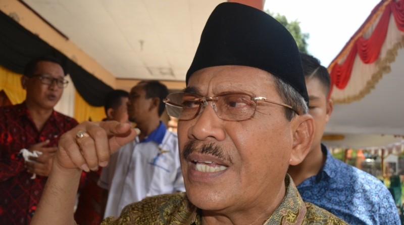Bupati Sumbawa - M Husni Djibril