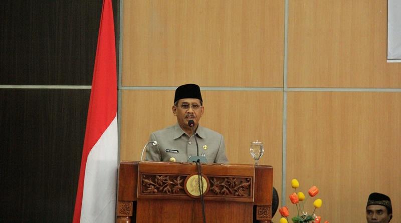 Bupati Sumbawa - HM Husni Djibril