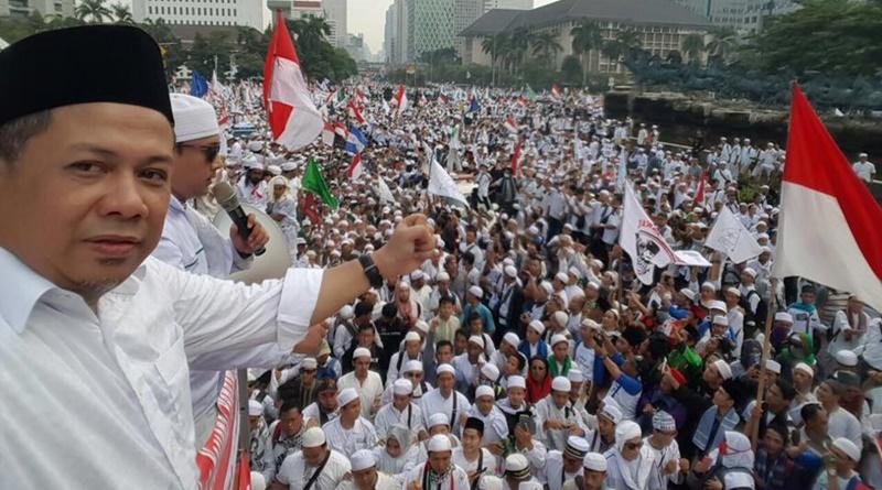 Ratusan ribu ummat muslim memadati Bundaran HI