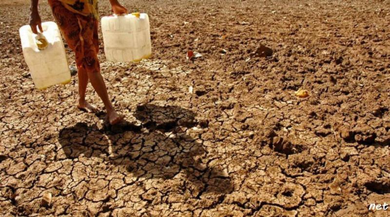BPBD Sumbawa Salurkan Air Bersih di 18 Kecamatan