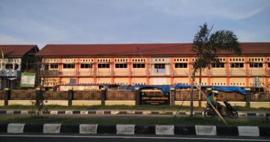Pembangunan Gedung SMPN 1 Badas Diharap Segera Tuntas