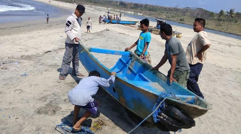 Dua Nelayan Hilang di Laut Labangka
