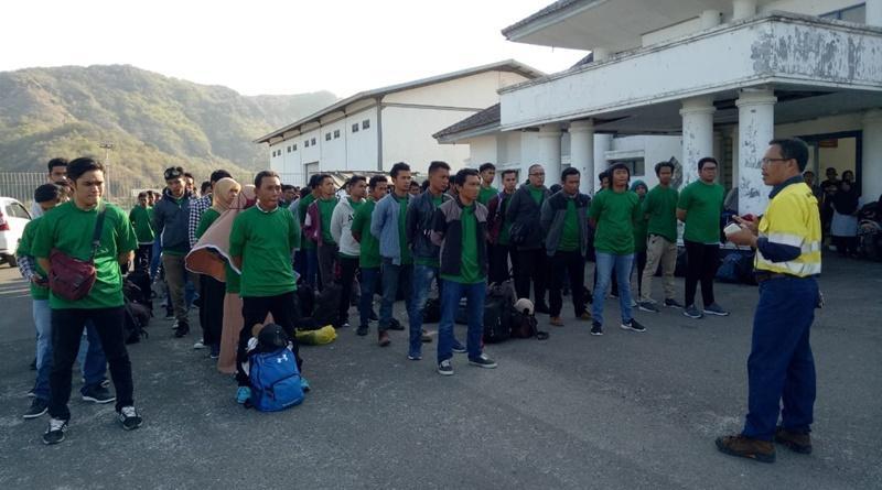 98 Calon Karyawan Macmahon dan Afiliasi Amman Mineral Latihan Bela Negara