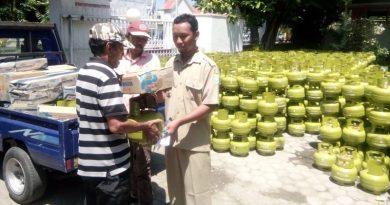 Kompor dan Tabung  Gas Mulai Disalurkan di Sumbawa