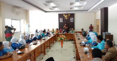 Pengajar PAUD Tuntut Judicial Review UU Guru dan Dosen