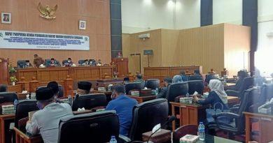 Badan Anggaran DPRD Sumbawa Sampaikan Hasil Pembahasan Ranperda Perubahan APBD Tahun Anggaran 2021