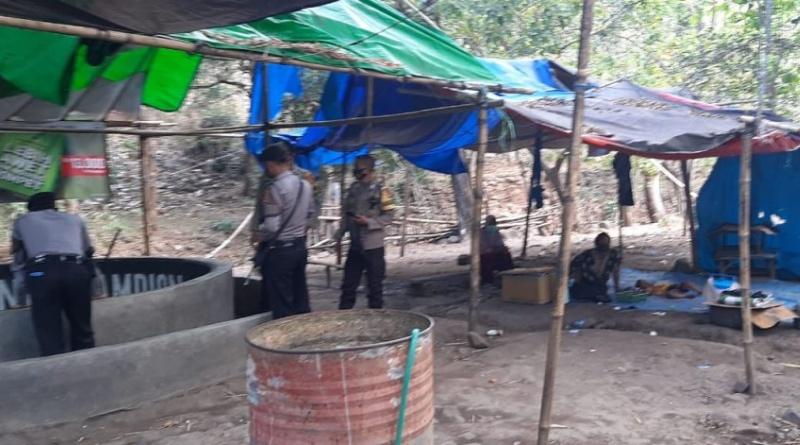 Polisi Datang, Pejudi Sabung Ayam di Nijang Lari Tunggang-Langgang